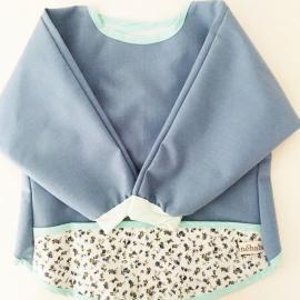 Babero manga larga 'Azul florecitas' Maminébaba
