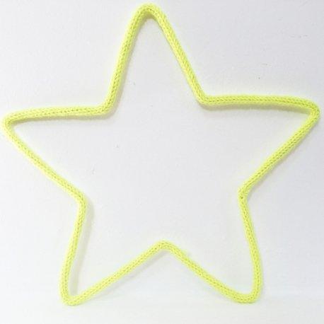 Étoile en tricotin de Maminébaba